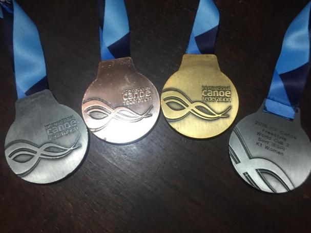 獲得した4つのメダル