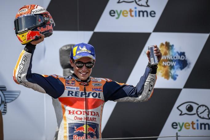 マルケス2位表彰台