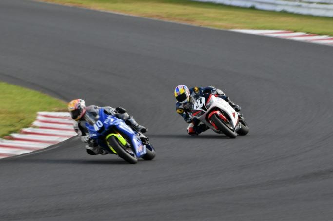 Goshi Racing#27田尻