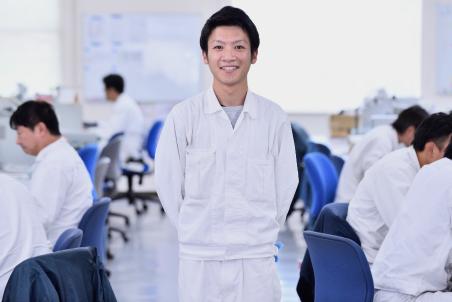技術・開発部 武藤 大地(2010年入社)